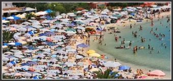 Visiter autrement les lieux du tourisme de masse
