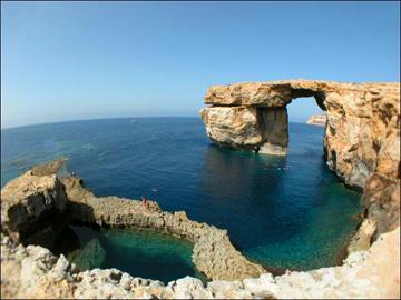 malte-cote-grotte2